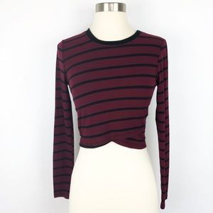 """Anthropologie """"Silence + Noise"""" L. Sleeve Crop Top"""